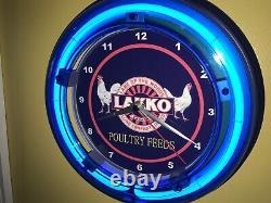 Lakko Poultry Chicken Feed Farm Barn Store Garage Bar Man Cave Neon Clock Sign