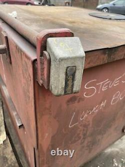 Large Site Store safe tool box ideal for pickup vault garage Workshop with keys