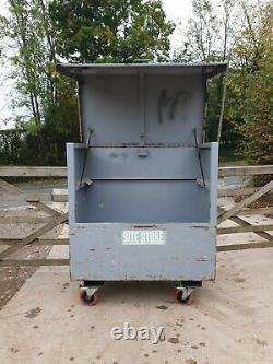 Large Site Store safe tool box van vault garage Workshop needs locks £240+vat E7