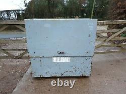 Large Site Store safe tool box van vault garage Workshop with Key £350+vat E33