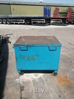 Steel Job Site Tool Box on wheels Van forklift Garage Vault store Security safe