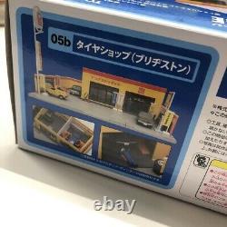 Tomica Vintage Tomicarama Accelerator 426 Garage DioramaJapanese used car store
