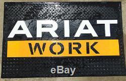 Ariat Travail Garage Publicité Rubber Magasin Grand Mat 49 X 29 Signe Nouveau Rare