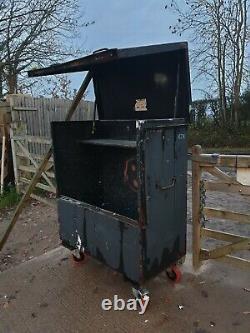 Grand Garage Boîte À Outils Black Site Store Van Vault A Besoin D'attention £ 175 + Cuve E28
