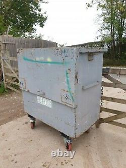 Grande Boîte À Outils En Toute Sécurité Du Site Magasin Van Voûte Garage Atelier A Besoin De Serrures 240 + Tva E7