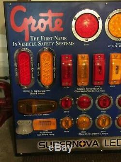 Grote 00830 Arrêt Du Véhicule S'enfuir Led Light Store Cave Garage Affichage Conseil Man