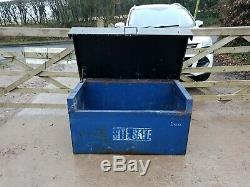 Petit Atelier Bleu Boîte À Outils Trouver Un Magasin Site Van Camion Garage Besoin Serrures £ 130 + Tva D40