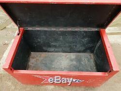 Petit Rouge Boîte À Outils Du Site Magasin Van Camion Garage Atelier Avec Clé £ 180 + Cuve A7